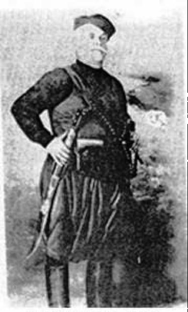 Ο «Σατανάς» Αντώνιος Γρηγοράκης, ως αντάρτης πλέον, λίγο πριν τη Μάχη της Κρήτης, την περίοδο που συντόνιζε μαζί με τον Πεντλέμπερυ, την άμυνα του νησιού σε περίπτωση γερμανικής εισβολής.