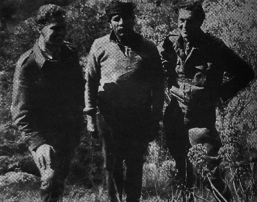 Ο καπετάν Μπουτζαλής (Μικρασιάτης στην καταγωγή), ήρωας των πολέμων από το 1912 έως το 1945, ανάμεσα στους Λη Φέρμορ και Μοςς, λίγες μέρες πριν την απαγωγή του Στρατηγού Κραϊπε. Είχε λαμπρή εθνική δράση κατά τη Μάχη της Κρήτης, ήταν από τους πρώτους αντάρτες των βουνών και είχε λάβει μέρος σε πολλές μυστικές αποστολές καθώς και στη μάχη της Βιάννου και στο αναβληθέν σαμποτάζ της Κάσου.