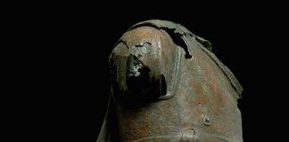 Χαλκινο άγαλμα Μουσειο Ακρόπολης
