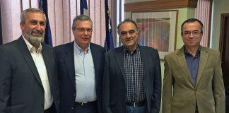 Από αριστερά, ο Πρόεδρος της Ομοσπονδίας Συλλόγων Ελλήνων Ποντίων στην Ευρώπη, Αναστάσιος Οσιπίδης, ο Πρύτανης του Πανεπιστημίου Μακεδονίας, καθηγητής Αχιλλέας Ζαπράνης, ο Αντιπρόεδρος του Πανελλήνιου Συνδέσμου Ποντίων Εκπαιδευτικών, Κώστας Ανθόπουλος και ο αναπληρωτής καθηγητής του Τμήματος Εφαρμοσμένης Πληροφορικής Ιωάννης Μαυρίδης