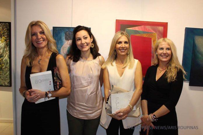 Από αριστερά προς τα δεξιά οι συμμετέχουσες εικαστικοί Μαρία Αποστόλου, Νάντια Ράπτη, Τάνια Δρογώση, και Μαρία Φίλη