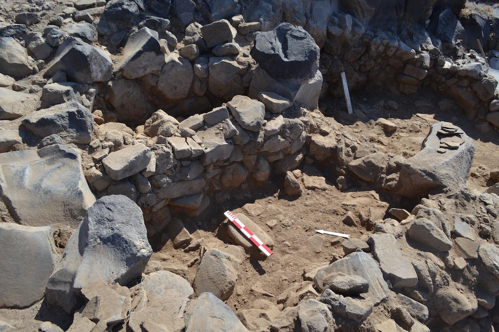 Σαντορίνη: Προϊστορικός οικισμός 3ης χιλιετίας π.Χ. στην Κοίμηση Θηρασίας
