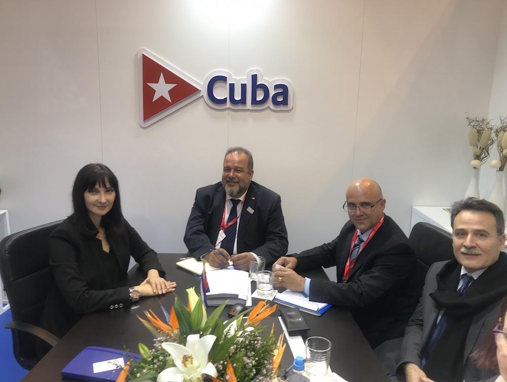 Η Υπουργός Τουρισμού Έλενα Κουντουρά με τον Υπουργό Τουρισμού της Κούβας κ. Manuel Marrero Cruz