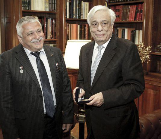 Συνάντηση Π.Παυλόπουλου με τον ομογενή κοσμοναύτη Θεόδωρο Γιουρτσίχιν-Γραμματικόπουλο