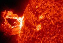 Ηλιακές εκλάμψεις, ένας κοσμικός επιταχυντής στη γειτονιά μας. Οι απότομες αστάθειες και εκρήξεις είναι πίσω από τον ισχυρό κοσμικό επιταχυντή στον Ήλιο [Solar Dynamic Observatory]