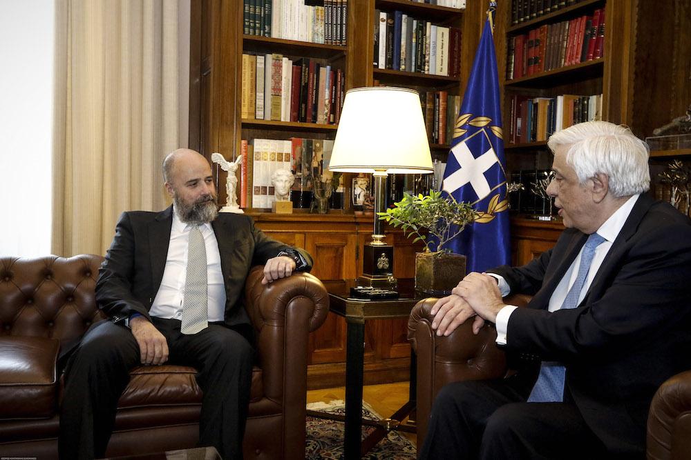 Υπογραφή Μνημονίου Συνεργασίας Μεταξύ της Ελληνικής Δημοκρατίας και του ΙΣΝ, για την Πρωτοβουλία του ΙΣΝ «Στηρίζοντας την Υγεία στην Ελλάδα» Πρόεδρος Δημοκρατίας - Δρακόπουλος