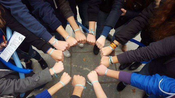 Φοιτητές ιατρικής μετατρέπουν την πλατεία Αριστοτέλους σε κέντρο πρόληψης για τη δημοσια υγεία