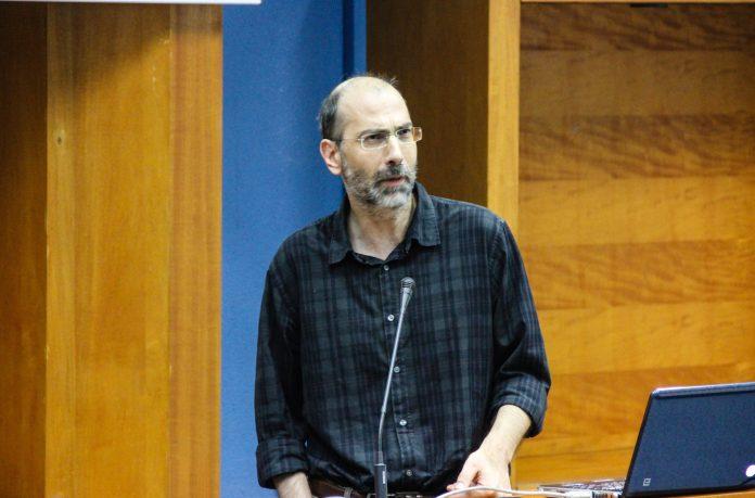 Ο Καθηγητής του Τμήματος Αγρονόμων και Τοπογράφων Μηχανικών της Πολυτεχνικής Σχολής του ΑΠΘ, Χριστόφορος Κωτσάκης
